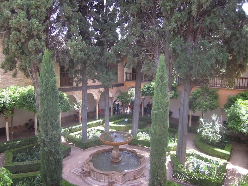 Bahçesinden bir görüntü