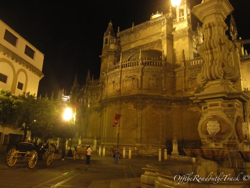Katedral'in bulundugu meydan