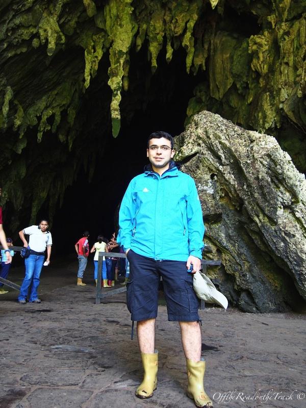 Guacharo Mağarası