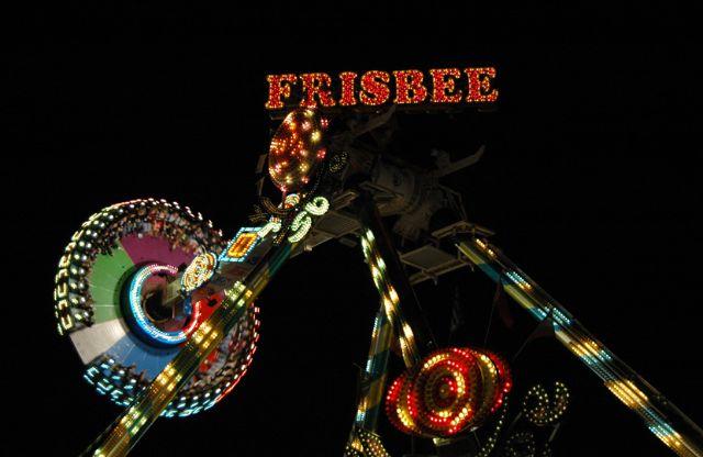 Frisbee04