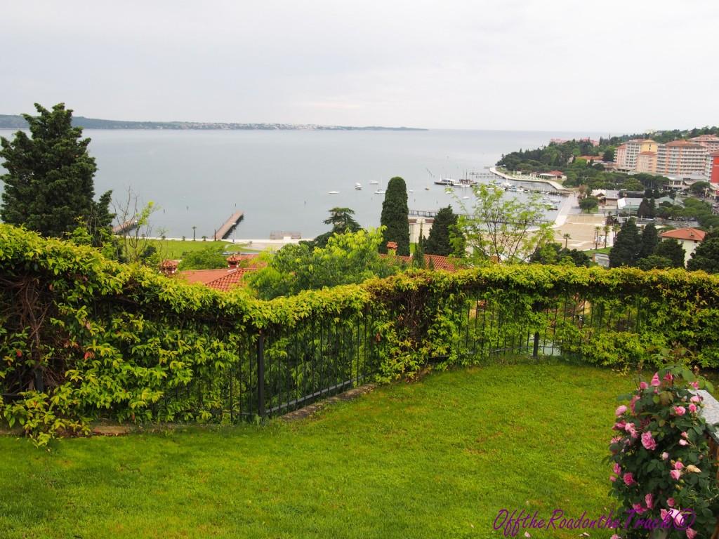 Kaldığımız otelden Adriyatik Manzarası