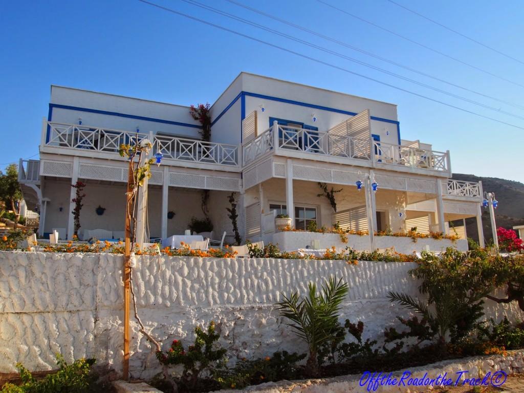 Palamutbükü Otel Mavi Beyaz