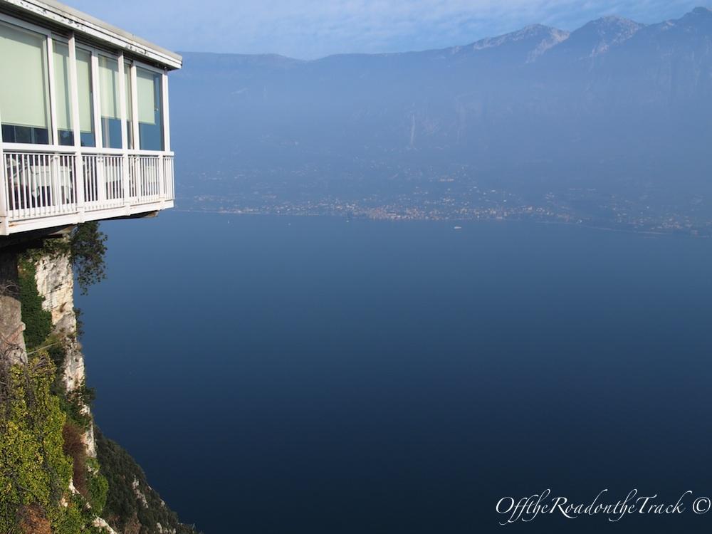 Teras: Garda Gölü'ne tepeden bir bakış
