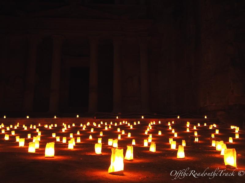 Mum ışığında Petra