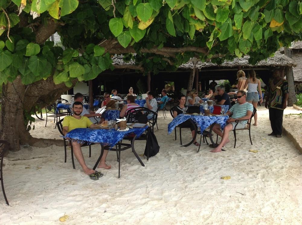 Otelin kumsaldaki restoranı