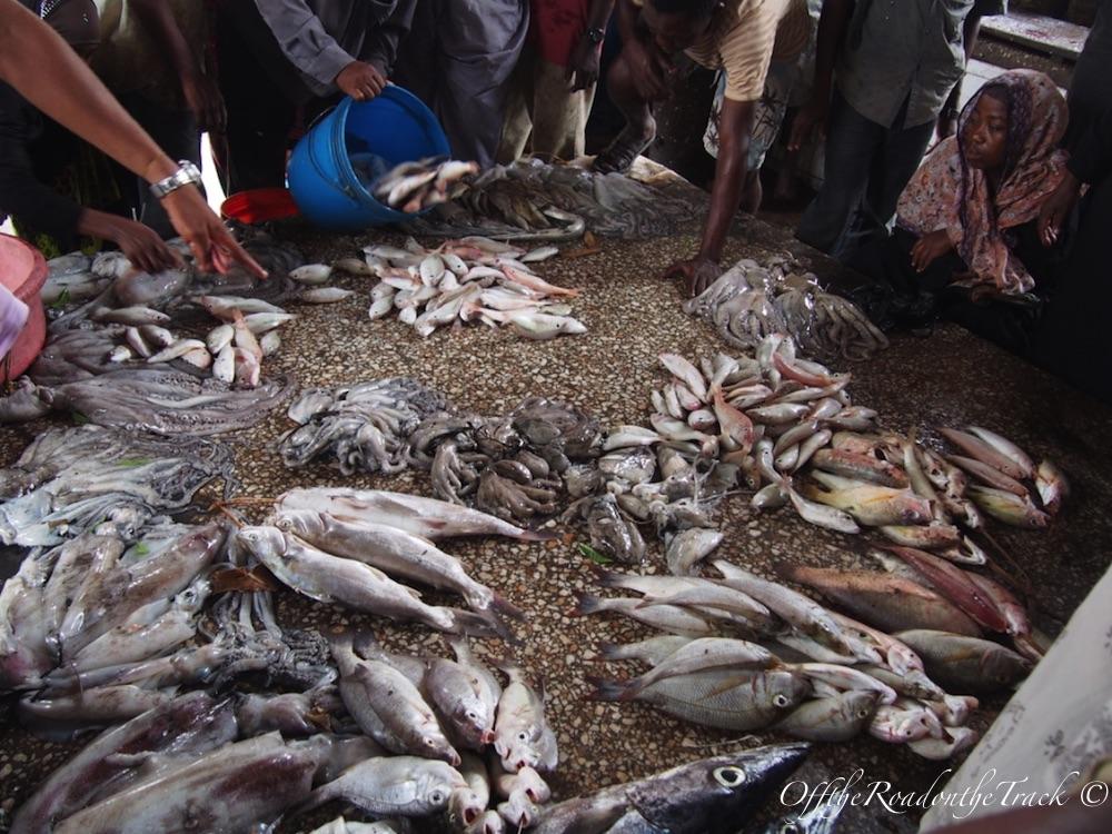 Balık halinde balık satışı