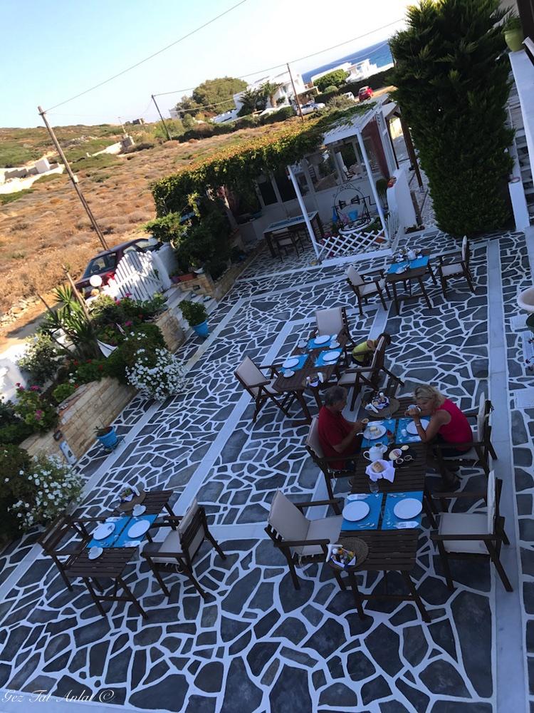 Naxos'da kaldığımız otel - Paravatos Studios John & Mary