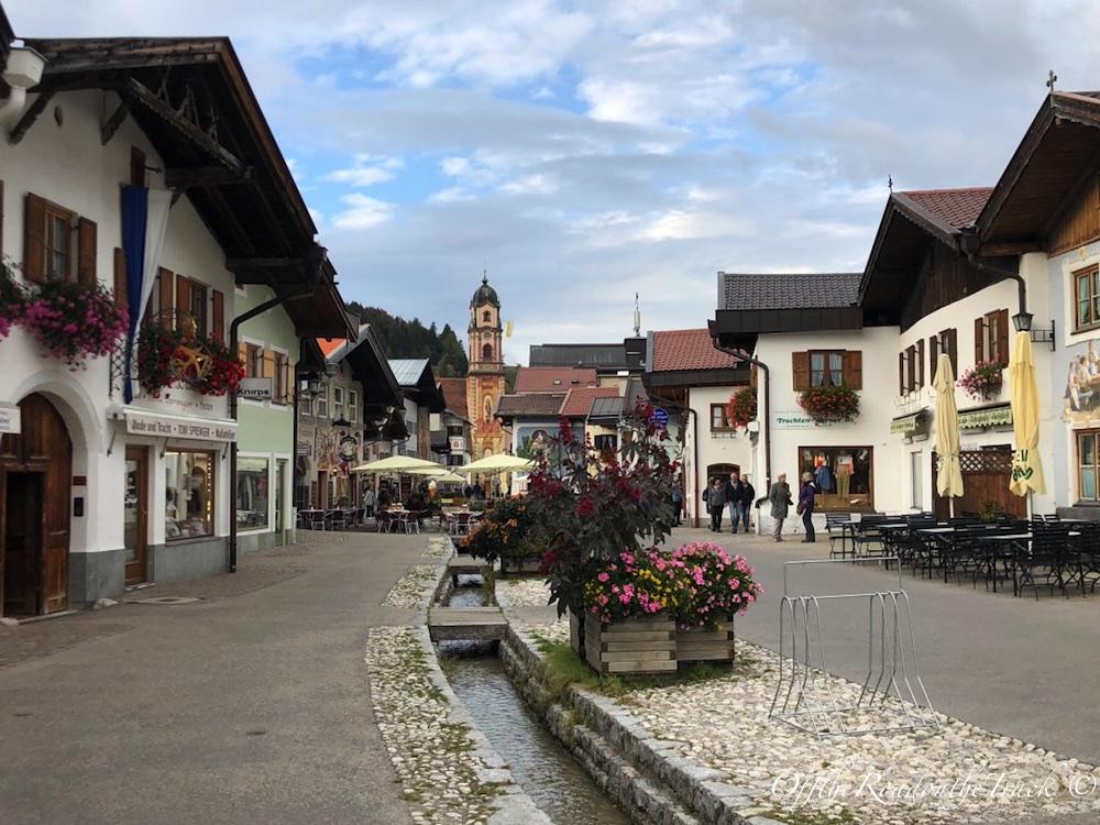 Mittenwald şehir merkezi