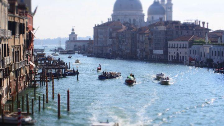 4 Günlük Rota Önerisi: Venedik – Murano & Burano Adaları – Verona ve Garda Gölü